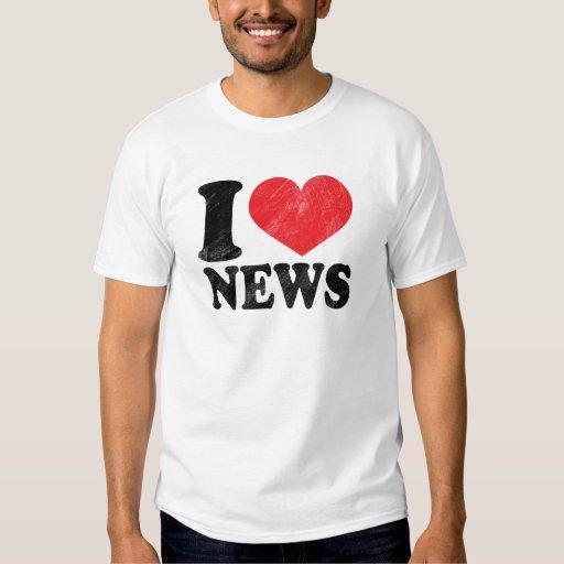 I Love News Basic T-Shirt