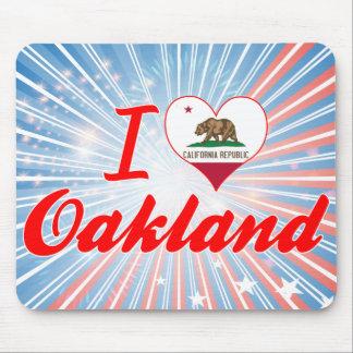 I Love Oakland, California Mouse Pad