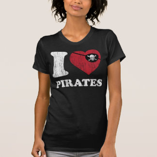 i Love Pirates- Cool Vintage Retro Style T Shirt