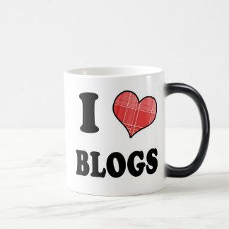 I Love (Plaid Heart) Blogs Magic Mug