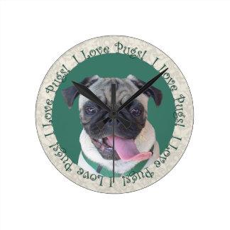 I Love Pugs! Round Clock