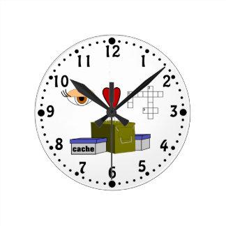 I Love Puzzle Caches Rebus Geocaching Lover Custom Round Clock