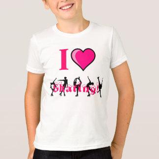 i love skating! Kids shirt