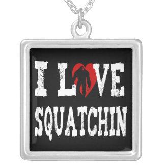 ¡I *LOVE* Squatchin!! Colgante Cuadrado