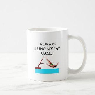 i love swimmng and diving mug