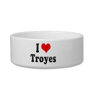 I Love Troyes, France Cat Water Bowl