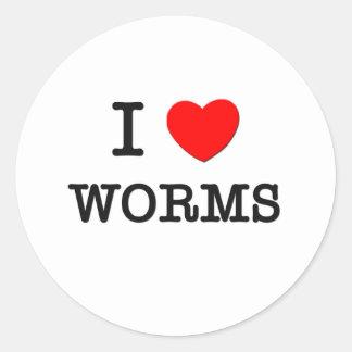 i_love_worms_classic_round_sticker-r8e18