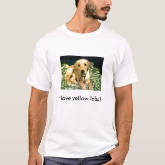 I love yellow labs! T-Shirt