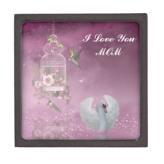 """""""I Love You, Mom"""" Magnetic Wooden Jewelry Box"""