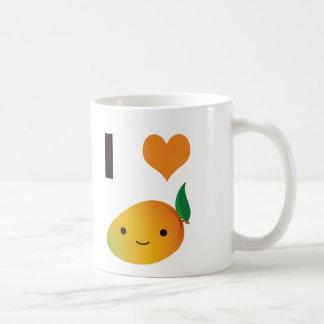 I mango del corazón taza básica blanca