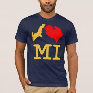 I ♥ MI (I heart Michigan) maize and blue T-Shirt