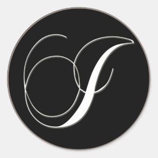 I monogram - elegant black and white classic round sticker