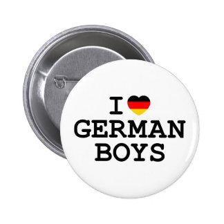 I muchachos del alemán del corazón pin redondo de 2 pulgadas