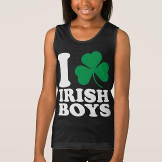 I muchachos del irlandés del trébol playera de tirantes