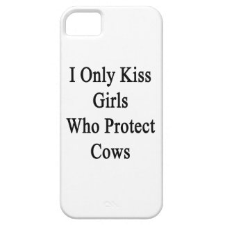 I Only Kiss Girls Who Protect Cows iPhone SE/5/5s Case