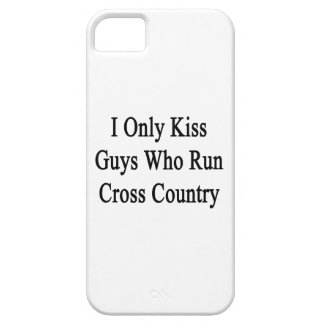 I Only Kiss Guys Who Run Cross Country iPhone SE/5/5s Case