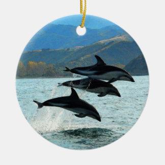 I ornamento del navidad de Delfini Adorno Navideño Redondo De Cerámica