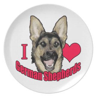 I pastor alemán del ciervo plato de comida