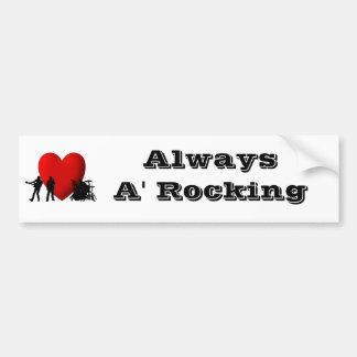I roca y rollo del corazón etiqueta de parachoque