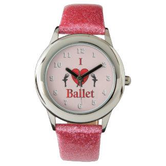 I rosa de la danza del ballet del corazón relojes