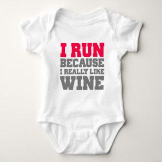I RUN BECAUSE I REALLY LIKE WINE gym workout Baby Bodysuit