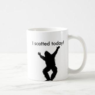 I Scatted (pooped) hoy - Bigfoot Sasquatch Taza De Café