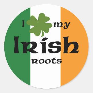 "I ""shamrock"" my Irish roots Classic Round Sticker"