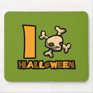 "I ""skull and cross bones"" Halloween Mousepads"