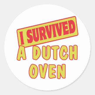 I SURVIVED A DUTCH OVEN CLASSIC ROUND STICKER