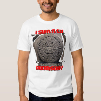I SURVIVED DOOMSDAY 2012 cool T-Shirt