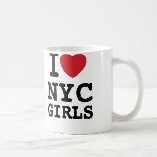 I taza de café de los chicas del corazón NYC