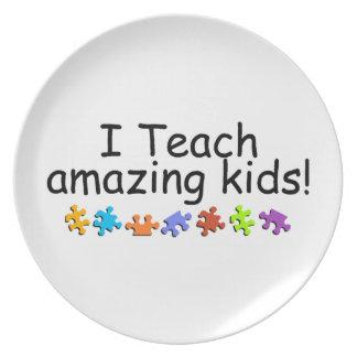 I Teach Amazing Kids Plate