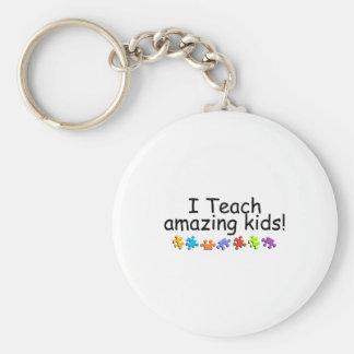 I Teach Amazing Kids (PP) Basic Round Button Keychain
