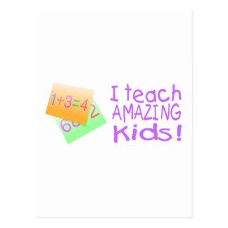 I Teach Amazing Kids (Ppl) Postcard