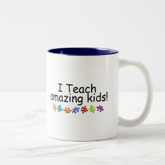I Teach Amazing Kids (Puzzle) Two-Tone Coffee Mug
