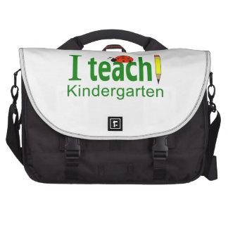 I TEACH KINDERGARTEN LAPTOP BAG