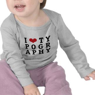 I tipografía del corazón camisetas