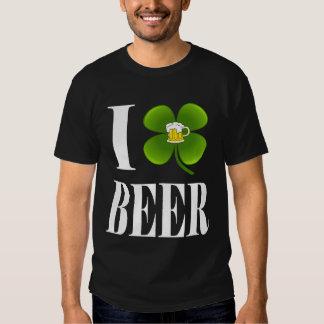 I trébol, cerveza del corazón, camiseta del fiesta playera