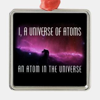 I, un universo de átomos.  Un átomo en el universo Adorno Navideño Cuadrado De Metal