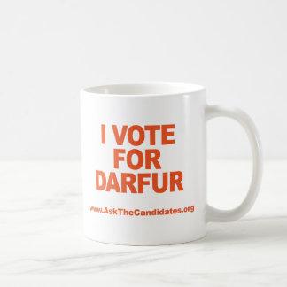 I Vote For Darfur Mug