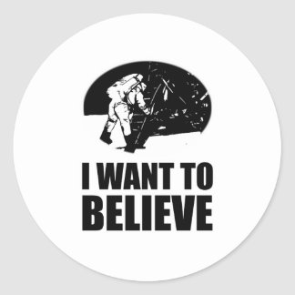 I want to believe - moon landing classic round sticker