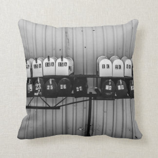 I want to hear from you throw pillow