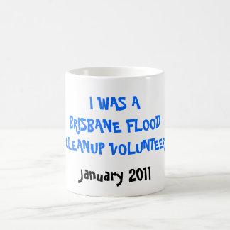 I WAS A BRISBANE FLOODCLEANUP VOLUNTEER, Januar... Classic White Coffee Mug