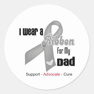 I Wear a Grey Ribbon For My Dad Round Sticker
