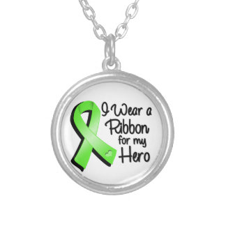 I Wear a Lime Green Ribbon For My Hero Round Pendant Necklace