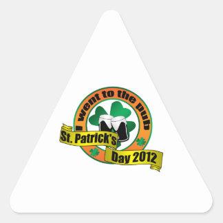 I went to the pub Saint patrick's day 2012 Triangle Sticker