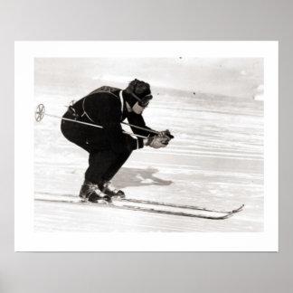 Iamge del esquí del vintage, deslizándose cuesta a póster