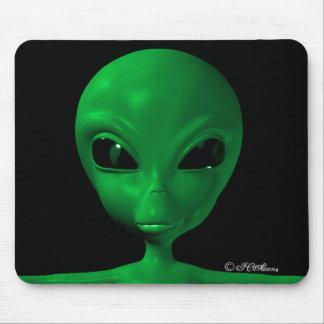 ICAliens Cute Alien 14 Mouse Pad