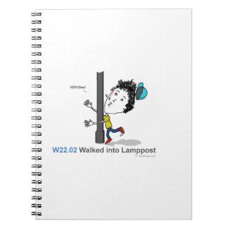 ICD-10: W22.02 caminó en el lamppost Libro De Apuntes Con Espiral
