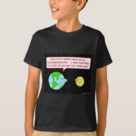 ice age earth moon discombobulated T-Shirt